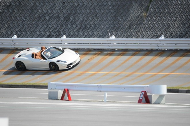 !アーミトリックス 可変 バルブ 切替 マフラー フェラーリ 458 チタン BMW ワーゲン アウディ