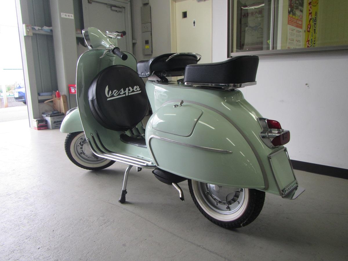 ヴィンテージ ベスパ 輸出 代行 1962年 レストア ほぼ新車 リアビュー エンジン 一発始動 輸出入代行 コンサルティング 海外進出