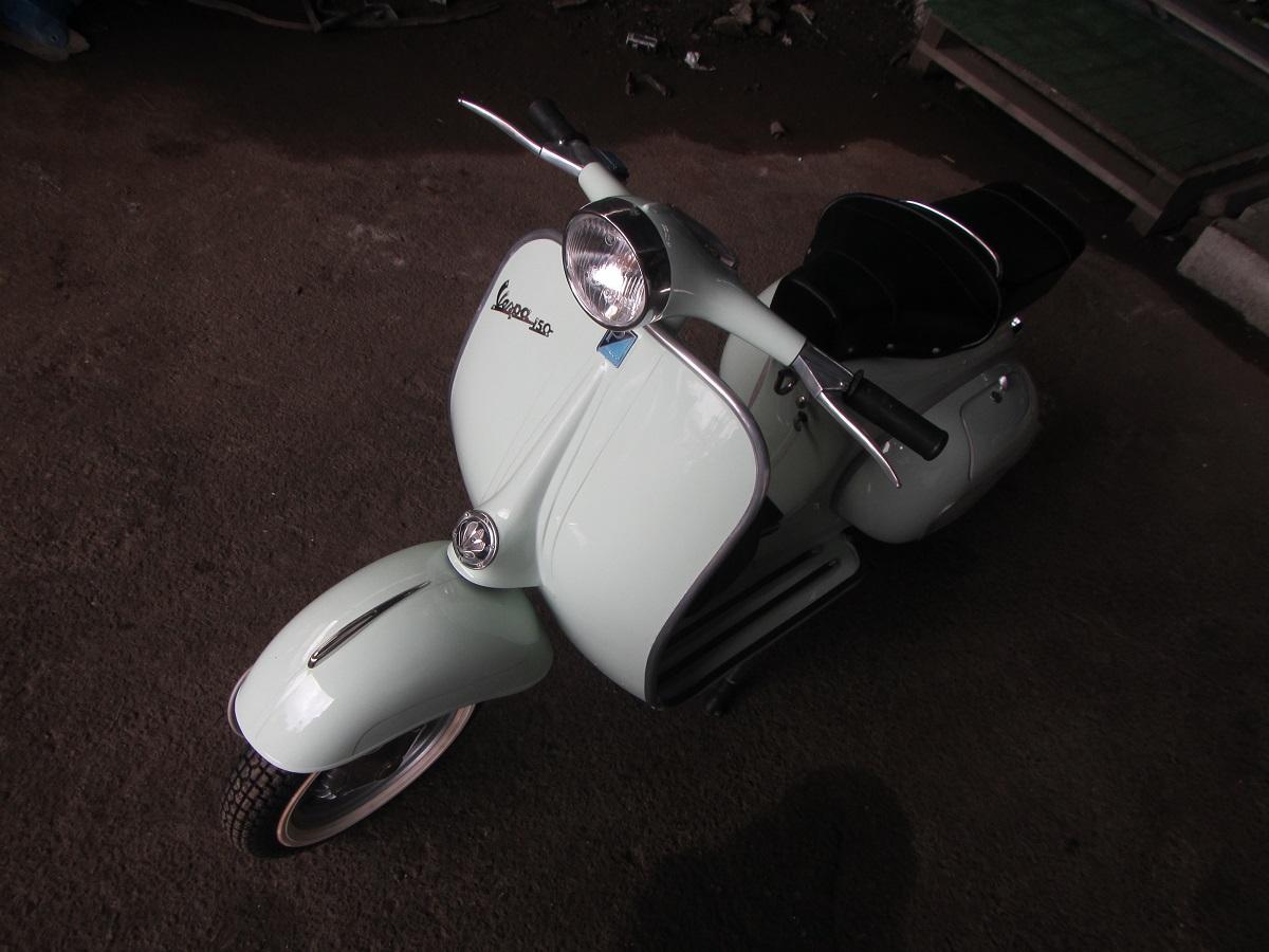 ヴィンテージ ベスパ 輸出 輸入 代行 1962年 レストア済 ほぼ新車 輸出入代行 コンサルティング 海外進出 旧車 150cc